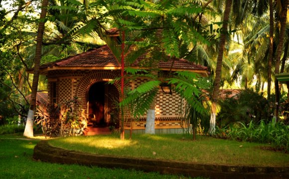 This Ayurveda spa Kerala is