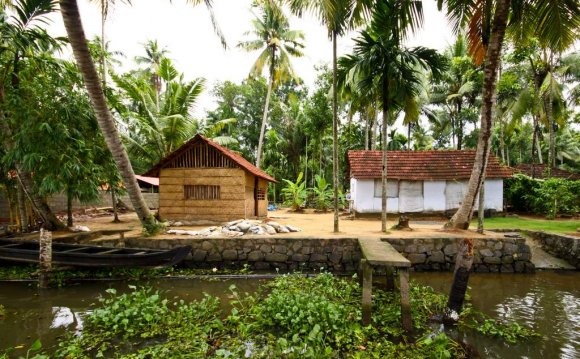 Kerala Backwaters Tour from